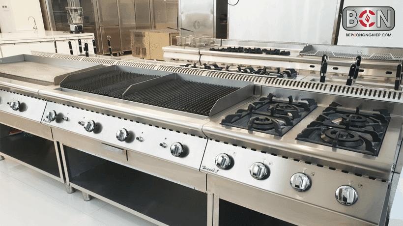 bếp âu công nghiệp là gì